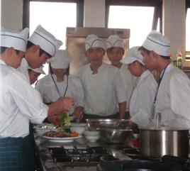 Hoa Sua School
